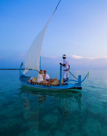 Honeymoon Offers in Maldives Resorts